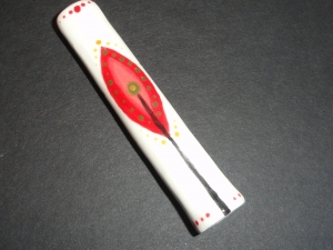 Twig and Berries Chillum, One hitter. Handpainted, unique and fun! Perfect gift for the holidays