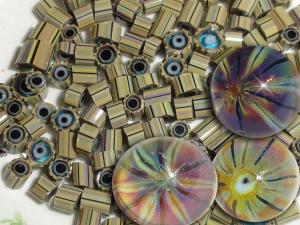 Wicked Wahini.....Lampwork Glass Bead Murrini 104 COE Reactive Silver glass chip slice stripe purple green  Beatlebaby Supply