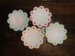 Four Ceramic Flower Dishes rings garden candle mini plate set red aqua green orange polka dot mini trinket dish ring holder   Beatlebaby
